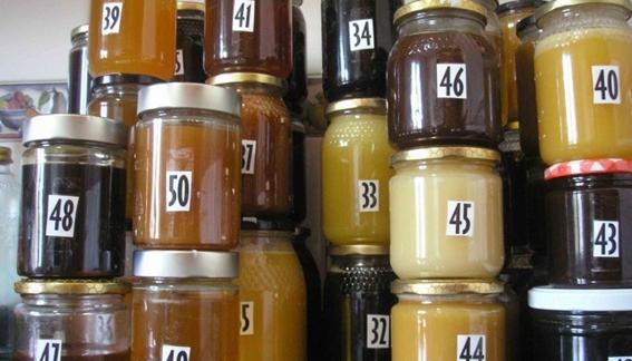 El Gobierno aprueba la modificación de la norma de calidad de la miel en beneficio de consumidores yapicultores