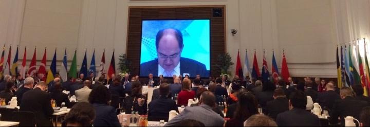 Carlos Cabanas: Existe un consenso internacional sobre la necesidad de trabajar coordinadamente para dar respuesta al retoalimentario