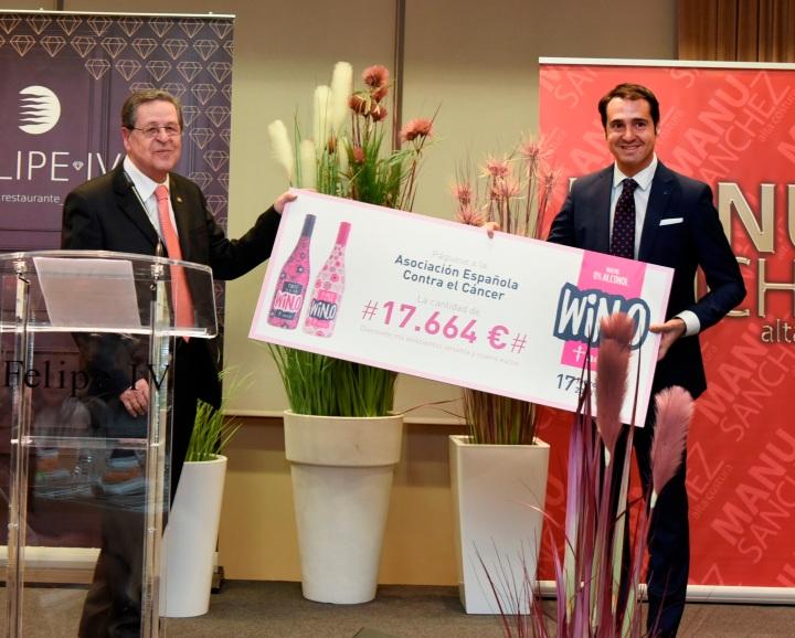WIN, el vino sin alcohol, entrega a la AECC 17.664 euros de la campaña 'WIN Contra elCáncer'